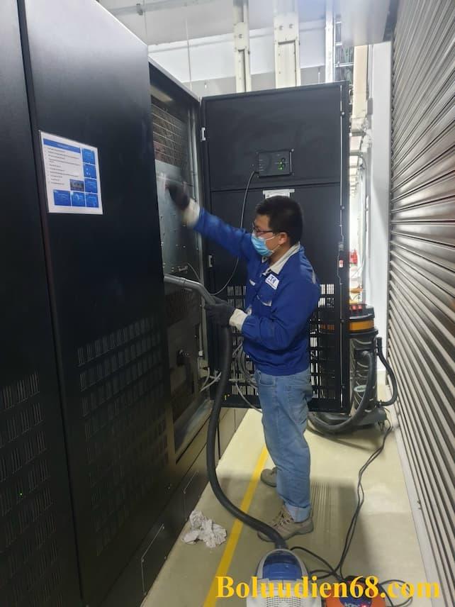 Bảo dưỡng vệ sinh UPS Eaton